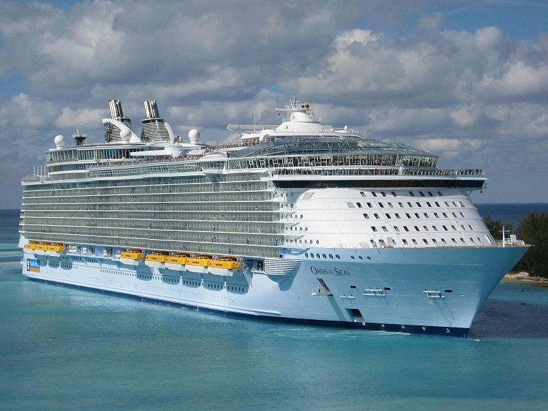 Cruise Ships in Colombia